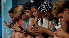 Cuba descarta permiso para 'Internet paralela' de Estados Unidos