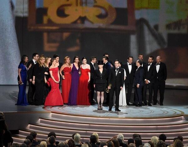 La serie de Amazon Prime, 'La maravillosa señora Maisel', fue la ganadora de la categoría de Mejor serie comedia. Fotografía: AFP