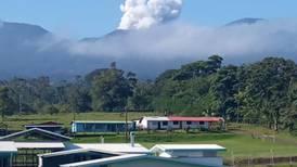 Erupción en el Rincón de la Vieja elevó a más de 100 metros los materiales de la laguna