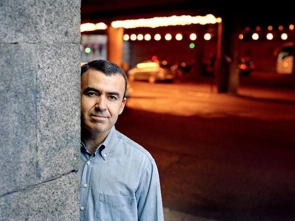 Lorenzo Silva nació en Madrid en 1966. | JOAN TOMÁS PARA LN