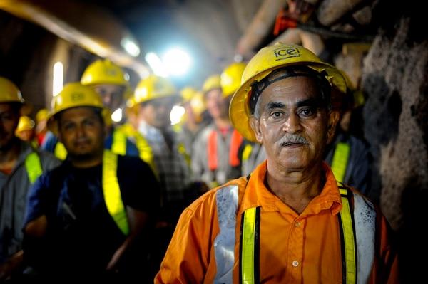 Pastor Cantillo, Perro Negro, es un líder entre unos 500 tuneleros que laboran actualmente en la ampliación de la planta Cachí. | ALONSO TENORIO
