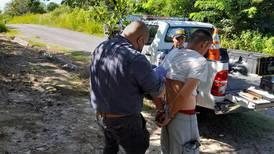 Joven mata de una puñalada a hombre que le dio posada en Bagaces