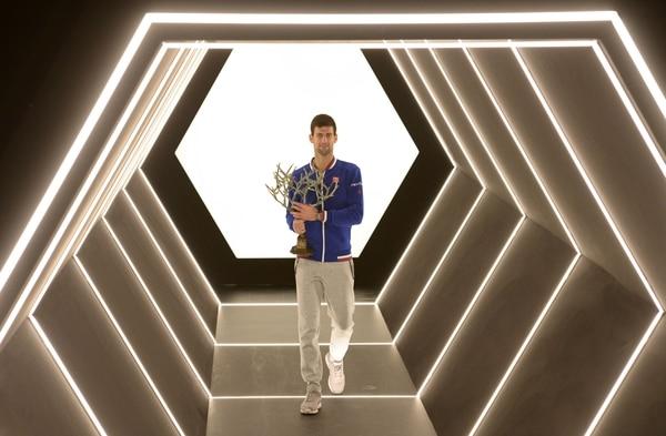 Novak Djokovic añadió el Masters 1.000 de París a su amplia colección triunfos.