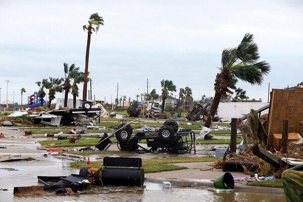 Un predio donde se estacionaban vehículos en Port Aransas, Texas, fue arrasado por la fuerza del huracán Harvey.