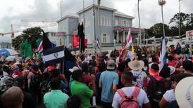 Diputados escucharán a sindicatos sobre plan para impedir huelgas en servicios esenciales