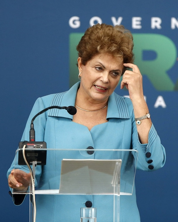 La presidenta de Brasil, Dilma Rousseff, ayer en Río. | EFE
