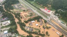 Sube a 21 la cifra de fallecidos por inundaciones en el sur de Estados Unidos