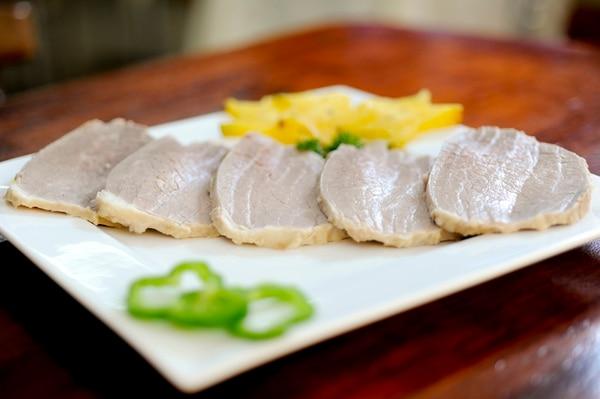 Ya sea carnes rojas, embutidos o carnes blancas, el ingrediente principal del sándwich es la carne que va en el medio de los panes.   MAR CELA BERTOZZI.