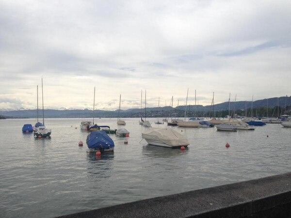En el Lago de Zúrich puede disfrutar de un agradable paseo. Fotografía: Jairo Villegas S.