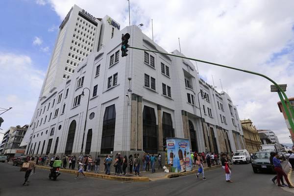 Banco Nacional mantiene opciones para readecuar préstamos de clientes con problemas de pago