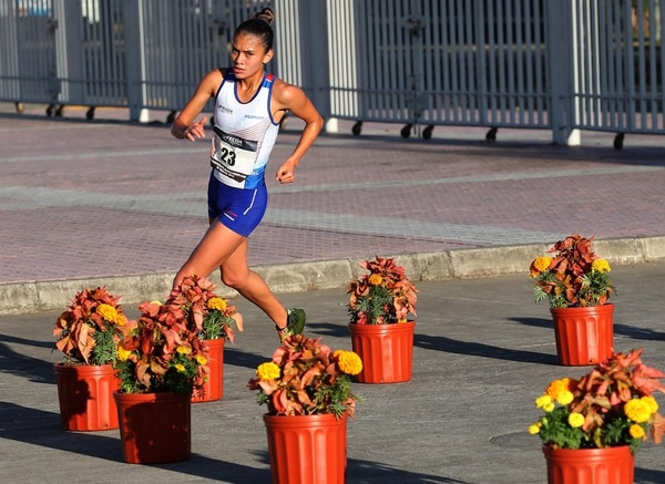 Noelia Vargas es la actual bicampeona centroamericana de marcha en los 10 km y está clasificada a los Juegos Panamericanos de Lima 2019. Fotografía: Nación.com