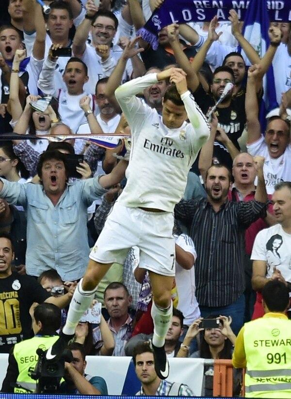 Con su penal, Ronaldo acabó con la imbatibilidad del Barça .   AP
