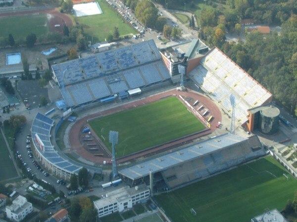 Este es el estadio Maksimir, donde hoy el Dinamo Zagreb de Croacia recibe al Sheriff Tiraspol moldavo.