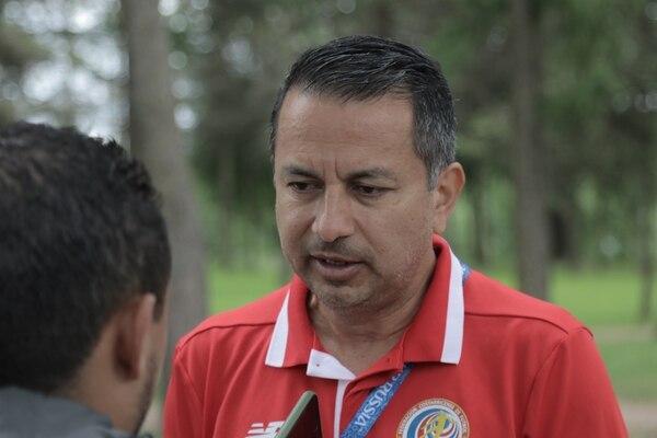 Rodolfo Villalobos atendió a 'La Nación' en el complejo deportivo Olympiyets, donde entrena Costa Rica durante su campamento en San Petersburgo. Fotografía: Damián Arroyo.