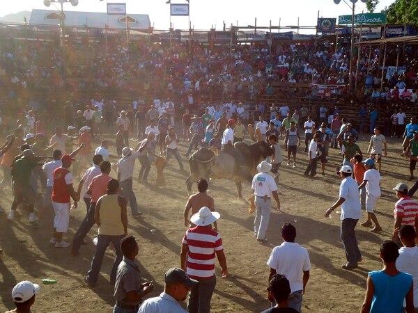 Las fiestas típicas nacionales de enero suelen reunir a gran cantidad de montadores y de público. | CINTHYA BRAN