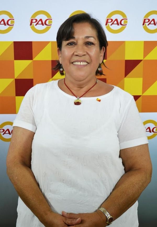 Emilia Molina es trabajadora social y politóloga.