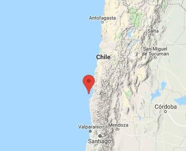 El temblor, de una profundidad de 50,1 kilómetros y de larga duración, se sintió en cinco regiones del centro y norte del país. Foto tomada de Twitter.