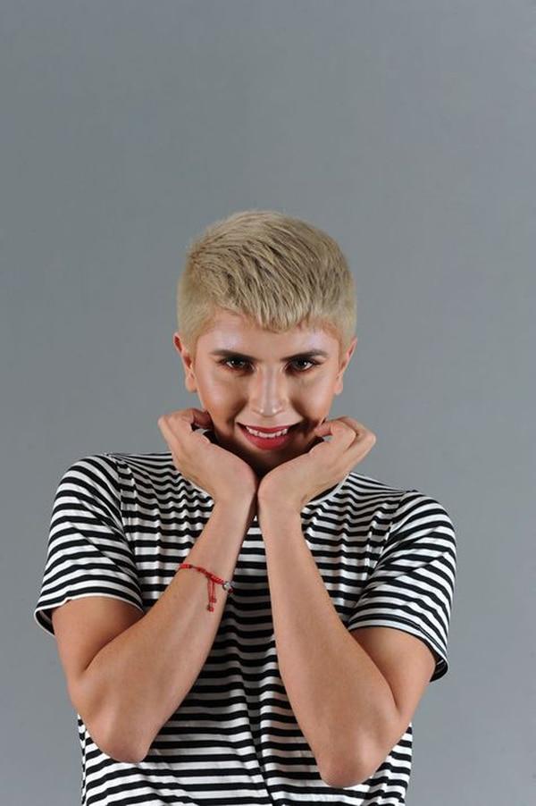 Alex Badilla es un influencer de Costa Rica. Tiene 23 años.