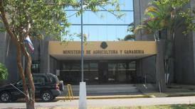 Ministro del MAG promueve anexarse 5 entidades del agro y fusionar departamentos