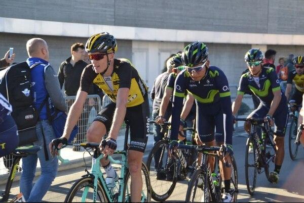 Andrey Amador (tercero) suma tres días buenos en la Tirreno Adriático.