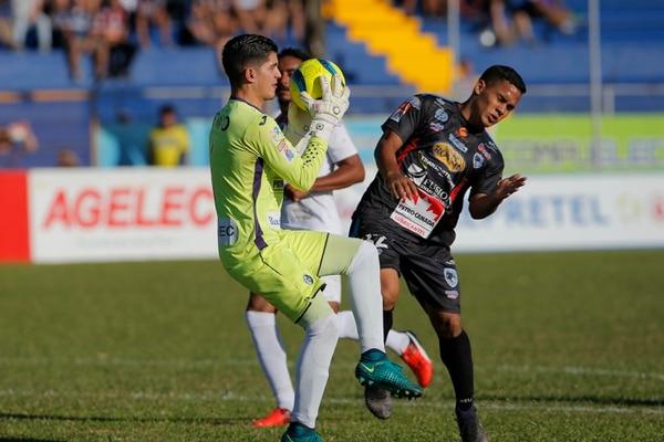 Harry Rojas jugó el Clausura 2018 con Grecia. Foto: Mayela López