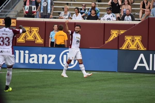 David Ramírez abrió la cuenta en el amistoso jugado por Saprissa y Minnesota United en el TCF Bank Stadium. Foto: Cortesía de Saprissa
