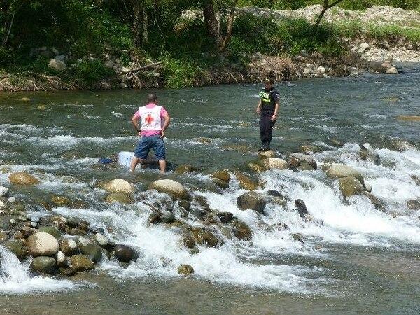 El río Ceibo, en Buenos Aires de Puntarenas, era aprovechado para la pesca. Vecinos denuncian su contaminación. Foto con fines ilustrativos.