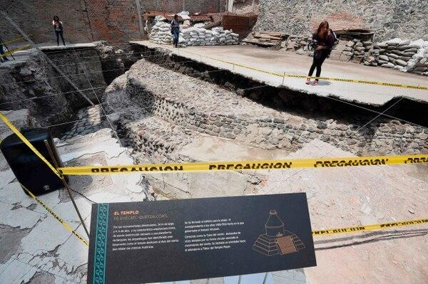 Vista del sitio arqueológico del antiguo templo azteca de Ehecatl-Quetzalcoatl descubierto en el centro de la Ciudad de México.