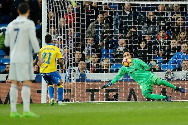El costarricense Keylor Navas en el juego del Real Madrid ante Las Palmas. | AP
