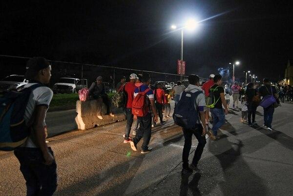 Migrantes hondureños salieron el lunes 14 de enero del 2019 de San Pedro Sula en una marcha cuyo objetivo es llegar a Estados Unidos.