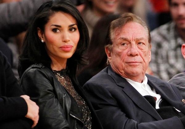 El sitio TMZ publicó una grabación de una supuesta conversación entre Donald Sterling y su novia V. Stiviano en la que él habló de forma racista. | AP