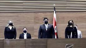 Presidenta legislativa acusa a administración Alvarado de poco transparente e improvisada