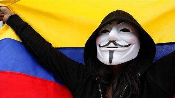 El grupo de hackers Anonymous también compartió una lista con 168 cuentas distintas de integrantes de las Fuerzas Armadas de Colombia. Foto: Diario El Tiempo/Colombia