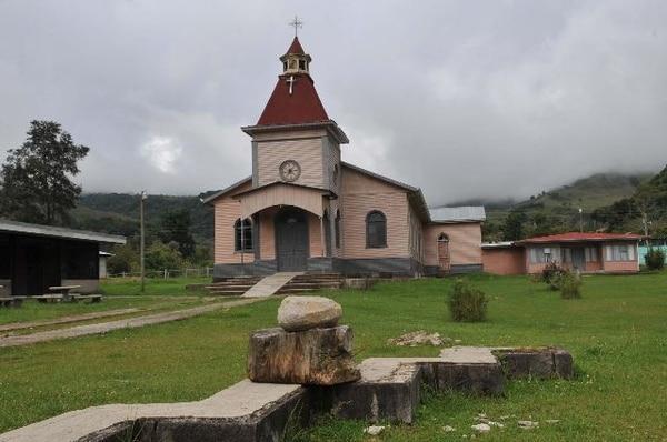 La iglesia de Copey de Dota era uno de los escenarios más característicos de esta comunidad josefina, ubicada en la zona de los Santos. ArchivoConocida.