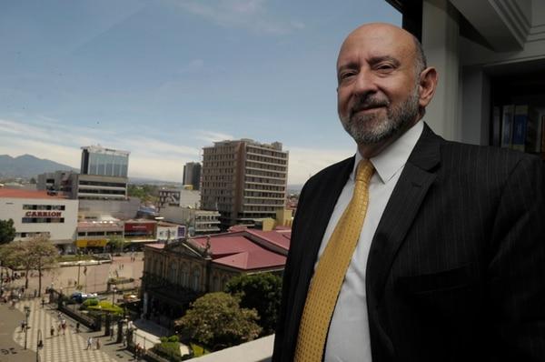 Édgar Ayales, ministro de Hacienda.