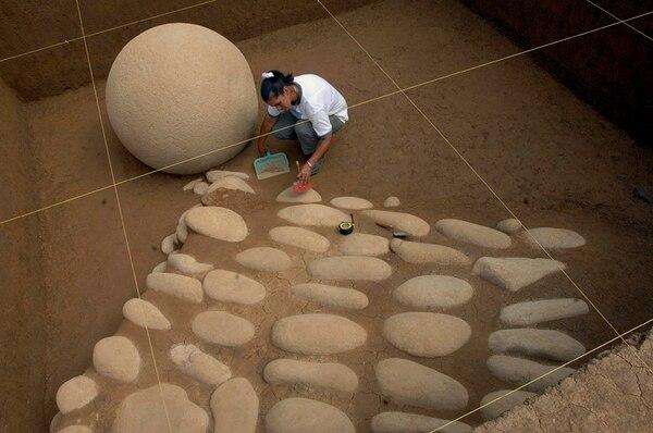 La utilzación de herramientas tecnologicas facilita las labores de excavación y conservación de las esferas.   ARCHIVO