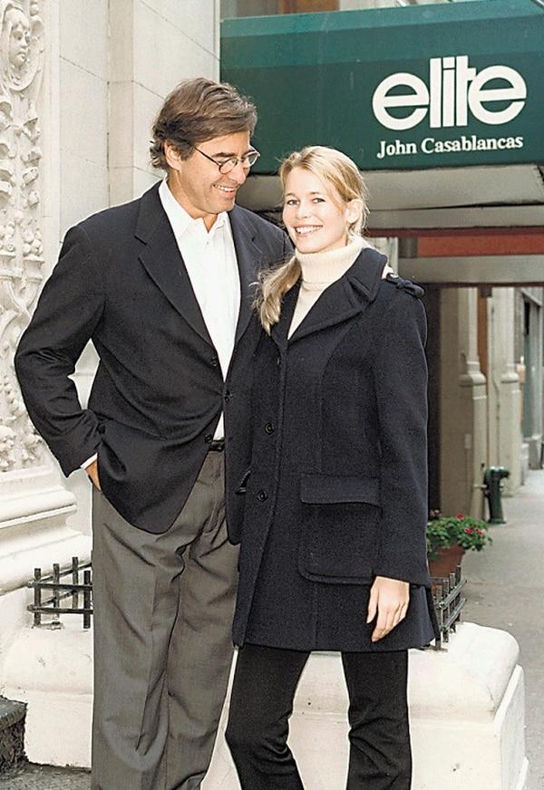John Casablancas anunciaba con bombos y platillos que era el representante oficial de Claudia Schiffer, a la que convirtió en una supermodelo.