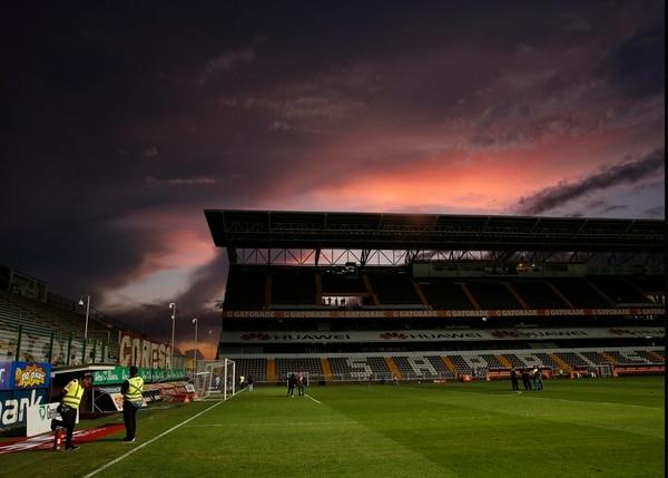 El Estadio Ricardo Saprissa es una fortaleza de la S. Foto: Albert Marín.