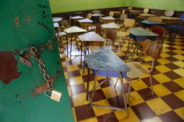 La pandemia de covid-19 obligó a suspender lecciones presenciales en escuelas y colegios desde el pasado 17 de marzo. Foto: Albert Marín