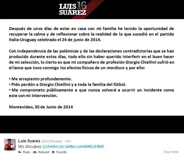 Luis Suarez publicó una disculpa en inglés y español por el mordisco a Giorgio Chiellini
